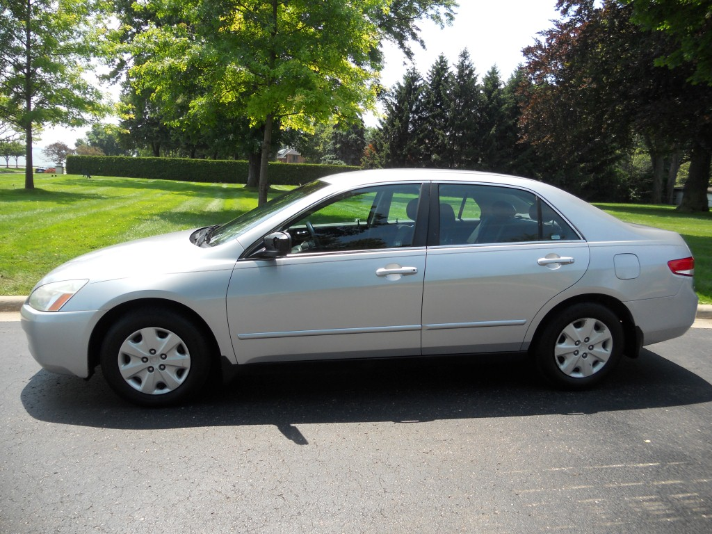 Sell Used 2003 Honda Accord Lx 4 Cyl Sedan 4 Door 5 Speed Stick Manual Trans No Reserve In